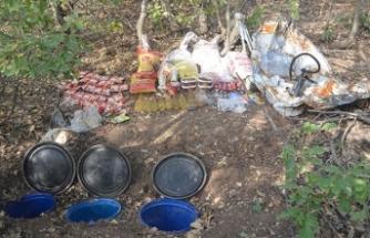 Bingöl'de PKK patlayıcı ve mühimmatları ile uyuşturucu ele geçirildi