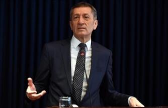 Milli Eğitim Bakanı Selçuk: Eğitim sorun değil, en büyük çözüm