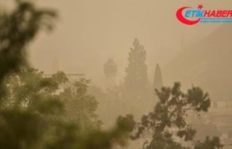 Toz bulutu Gaziantep ve Şanlıurfa'da yaşamı olumsuz etkiliyor