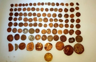 Ankara'da Roma ve Bizans dönemine ait 108 sikke ele geçirildi