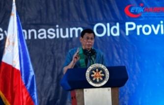 Filipinler Devlet Başkanı Duterte: Güney Çin Denizi'nde patlak verecek bir savaşa hazır değiliz