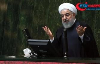 """Ruhani'den ABD'nin """"zalimce"""" yaptırımlarına tepki"""