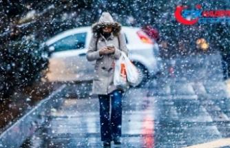 Ankara'ya kar geliyor