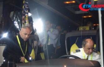 Fenerbahçe İstanbul'a takım otobüsüyle döndü