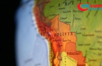 Bolivya'da otobüsle kamyon çarpıştı: 22 ölü