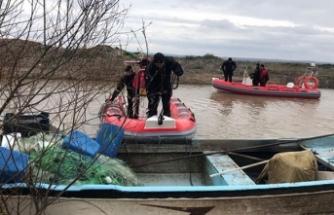 Kayıp balıkçının kayığı bulundu