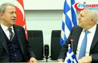 Milli Savunma Bakanı Akar Yunan mevkidaşıyla görüştü