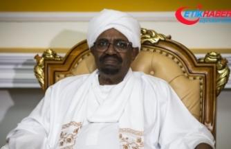 Sudan'da hükümet feshedildi