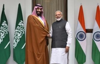 Suudi Arabistan'dan Hindistan'a 100 milyar dolarlık yatırım sözü
