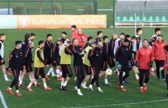 A Milli Futbol Takımı Arnavutluk yolcusu