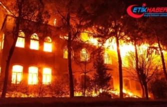 Denizli'deki okul yangınıyla ilgili 2 kişi gözaltında