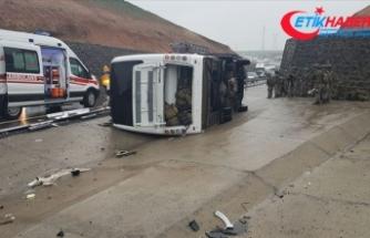 Şırnak'ta askeri araç devrildi: 1 şehit, 20 yaralı