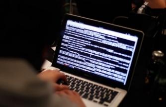 Yaşlılar da siber zorbalık mağduru