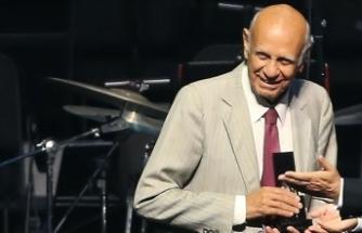 Piyanist ve şarkıcı Şevket Uğurluer vefat etti
