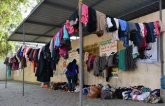Kerkük'te ihtiyaç sahipleri için 'Merhamet duvarı'
