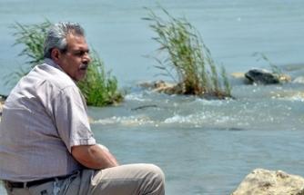 Serinlemek için girdiği nehirde akıntıya kapılıp, kayboldu