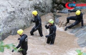 Araklı'da kayıp 2 kişiyi arama çalışmaları 7'nci gününde