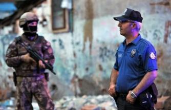 Bursa'da uyuşturucu satıcılarına 'Çekirge' operasyonu: 52 gözaltı