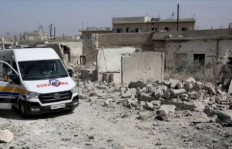 İdlib'e yoğun hava saldırıları sürüyor