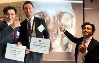 Türk profesöre ABD'den 'en iyi araştırma' ödülü