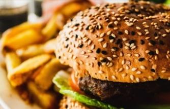 Uzmanlar yaz tatili için ebeveynleri 'obeziteye' karşı uyardı