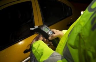Alkol denetimlerinde 6 bin 592 araç trafikten men edildi