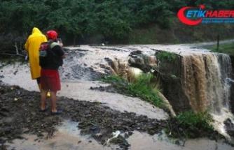 Düzce'de heyelan nedeniyle bazı köy yolları ulaşıma kapandı