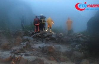 Düzce'de rafting tesisinde mahsur kalan 8 kişi kurtarıldı