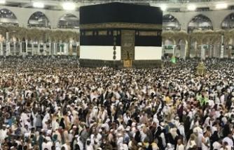 Suudi Arabistan Mısırlı 300 hacı adayını geri gönderdi