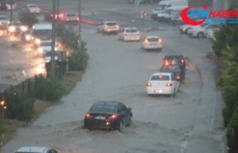 Kuvvetli yağışın bilançosu: 23 konut, 40 iş yeri selden etkilendi