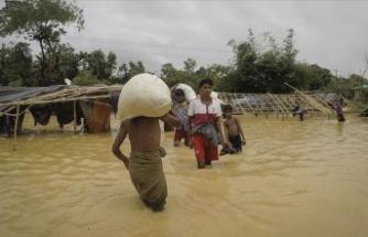Myanmar'da sel nedeniyle 200 bin kişi yerinden oldu