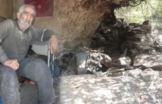 40 yıllık mağara hayatı bitti