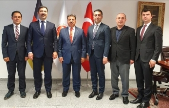 'Avrupa'da yaşayan gençlerimizin Türkiye ile bağları güçlendirilmeli'