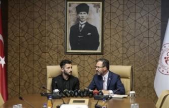 Bakan Kasapoğlu Enver Cenk Şahin'i kabul etti