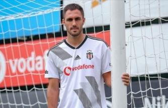 Beşiktaş'ta Victor Ruiz sakatlandı
