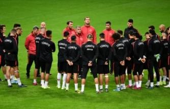 Fransa-Türkiye maçının takım kadroları belli oldu