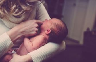 Kovid-19 anneleri bebeklerini emzirebilir