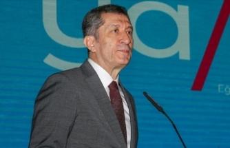 """Milli Eğitim Bakanı Selçuk """"Eğitim ya da Eğitim"""" dergisini tanıttı"""