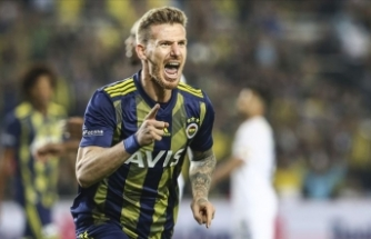 Fenerbahçeli futbolcu Serdar Aziz: Sezon sonunda omuz omuza şampiyonluğa ulaşacağız