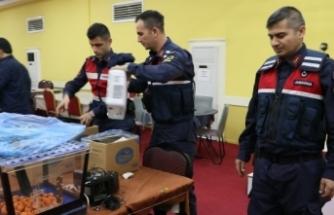 İzmir'de kumar oynayan 99 kişiye 319 bin 338 lira ceza