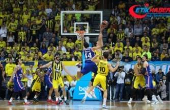 Nefes kesen Türk derbisinin kazananı Anadolu Efes