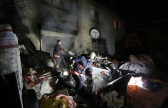 Ankara'da yangında mahsur kalan 4 kişiyi bekçiler kurtardı