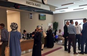 Depremden etkilenenlere prim borcuna bakılmadan ve katılım payı ödemeden sağlık hizmeti
