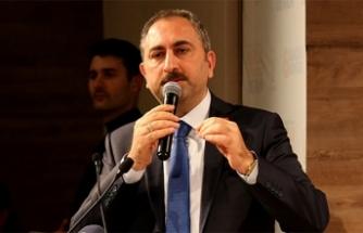 Bakan Gül: 'Yargıdan FETÖ'cü hakim ve savcılar ayıklanırken yargı mensuplarına hakarette bulunmak kimsenin haddi değil'