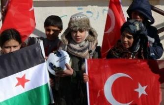 Barış Pınarı Harekatı bölgesinde çocukların yüzü gülüyor