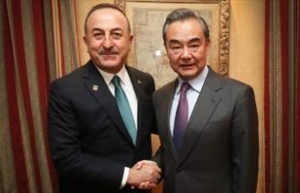 Çavuşoğlu Çinli mevkidaşı Vang ile Uygur Türklerinin durumunu görüştü