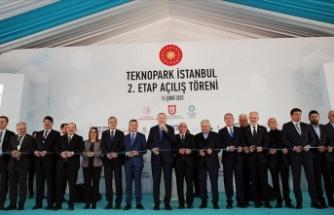 Cumhurbaşkanı Erdoğan: Ülkemize 18 yılda dev eserler yanında birçok teknopark kazandırdık