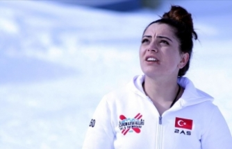Slovenya'da 'kahraman' ilan edilen milli kayakçı Sıla Kara'nın mutluluğu