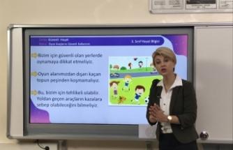 Türkiye, koronavirüs salgınında ulusal çapta uzaktan eğitim veren 2 ülkeden biri oldu