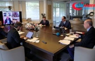 Cumhurbaşkanı Erdoğan, Cumhurbaşkanlığı kabinesi ile video konferans toplantısı gerçekleştirdi